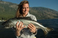 ERIN FREISE OF MUKILTEO, WASH., WITH A 7-POUND LAKE CHELAN CHINOOK, CAUGHT AUG. 4. (DARRELL & DAD'S GUIDE SERVICE, 866-360-1523)