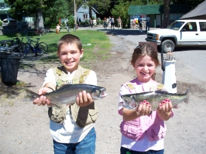 HUNTER AND BAILEY ELLIS OF KLAMATH FALLS DID WELL AT DIAMOND AUG. 22. (DIAMOND LAKE RESORT)