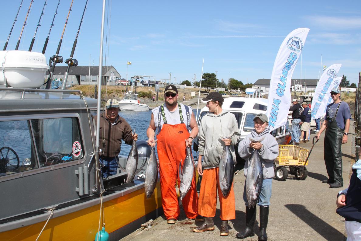Oregon tuna classic sets records northwest sportsman for Oregon tuna fishing report