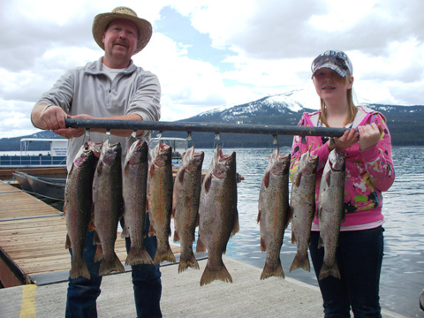 What s fishin in oregon northwest sportsman for Free fishing weekend oregon